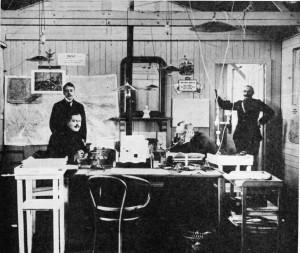 Le cabinet du ministre de la Guerre s'installe dans un baraquement à Saint-Pierrebroucq.